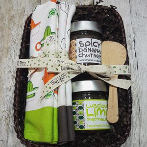 LimeTree Homemade Preserves Basket | Buy Hampers in Dubai UAE | Gifts