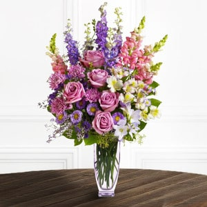 Majestic Blooms | Buy Flowers in Dubai UAE | Gifts