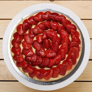 Strawberry Tart | Buy Desserts in Dubai UAE | Gifts