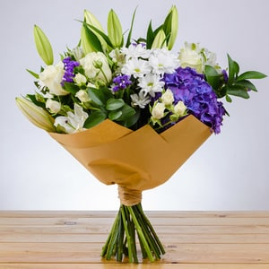 Elegant Amour | Buy Flowers in Dubai UAE | Gifts