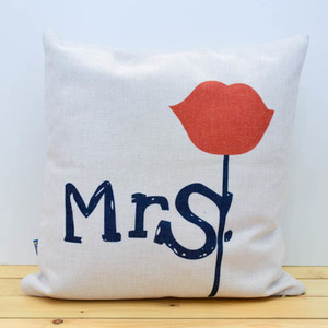 Mrs. Pillow | Buy Gifts in Dubai UAE | Gifts