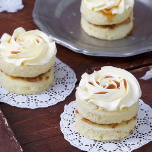 Salted Caramel Mini Cake | Buy Desserts in Dubai UAE | Gifts