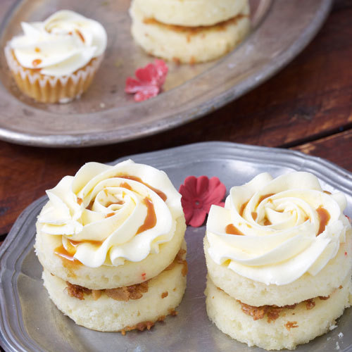 Vanilla Mini Cake   Buy Desserts in Dubai UAE   Gifts
