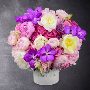 Obsession by Rose Privee | Buy Flowers in Dubai UAE | Gifts