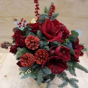 Christmas Love | Buy Flowers in Dubai UAE | Gifts