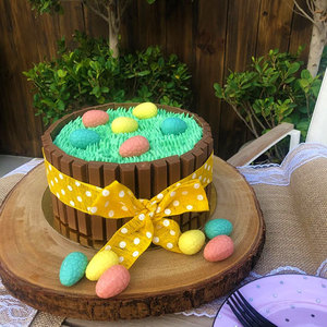 Easter Kitkat Cake | Buy Easter Kitkat Cake in Dubai UAE | Gifts