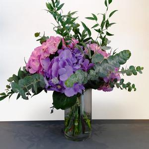 Embrace Beauty | Buy Flowers in Dubai UAE | Gifts