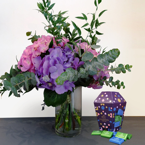 Embrace Beauty Package with Godiva Chocolates | Buy Flowers in Dubai UAE | Gifts